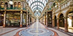 hotels near victoria quarter