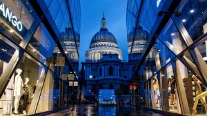 hotels near one new change london