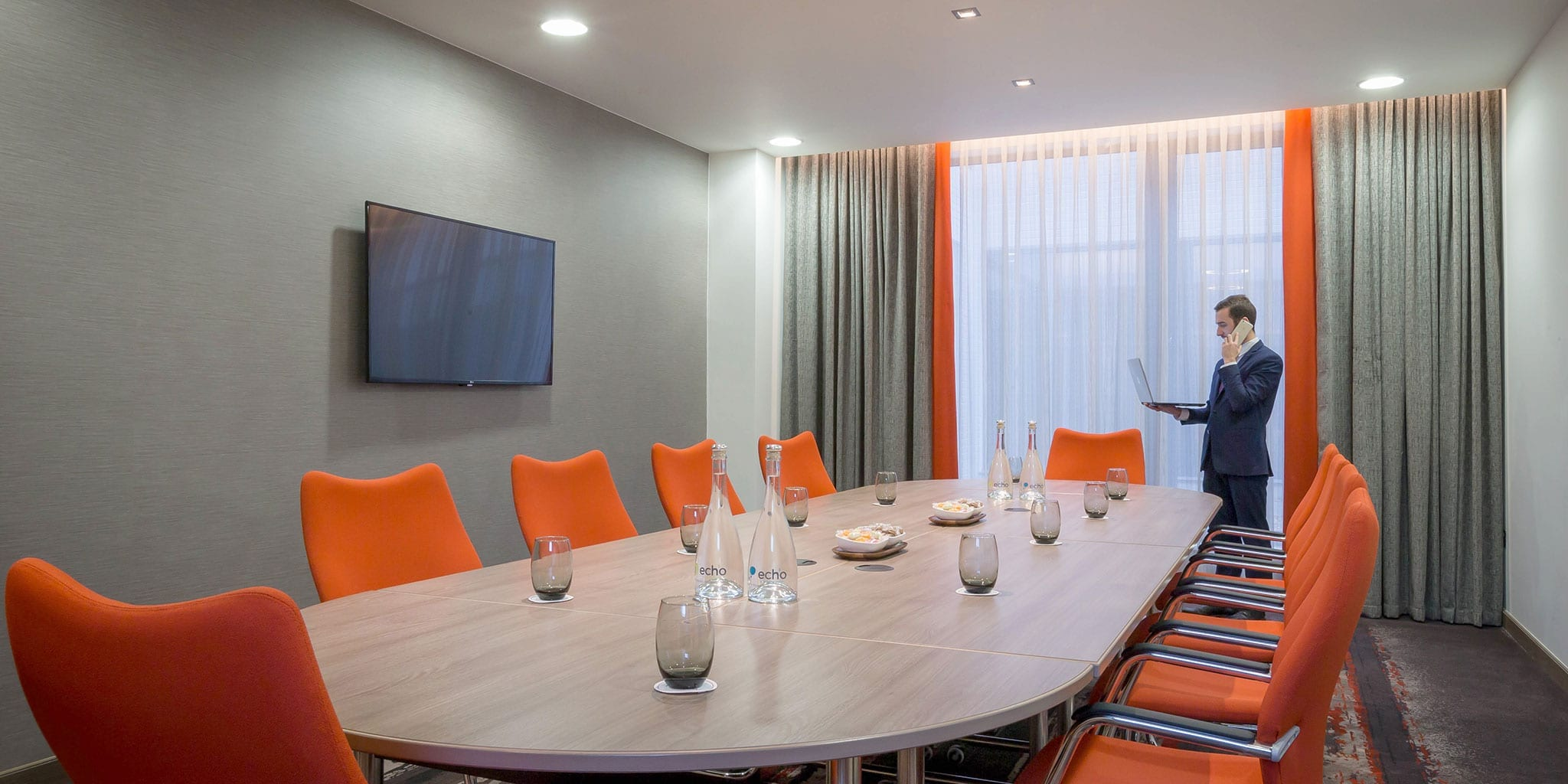 Boardroom-Meeting-Clayton-Dublin-Airport