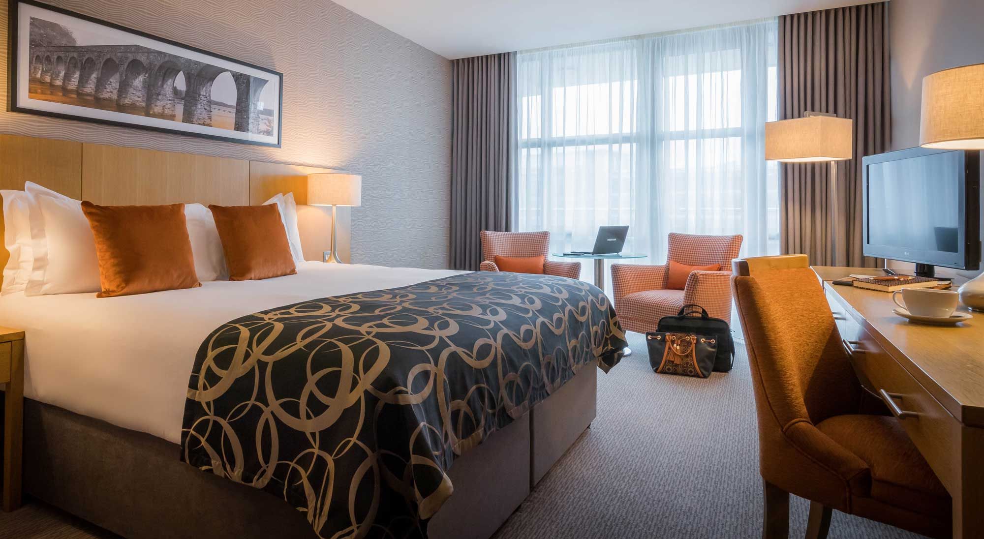Executive-Room-Clayton-Hotel-Dublin-Airport